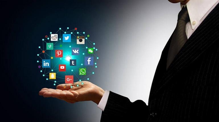 lavoro social media marketing manager